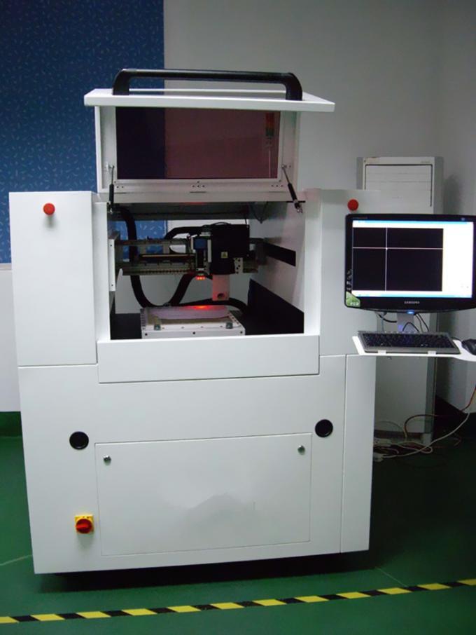 Découpeuse à haute densité de laser de commande numérique par ordinateur de graphiques avec peu de carbonation